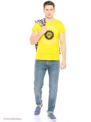 Футболка Jeunmar. Цвет: желтый