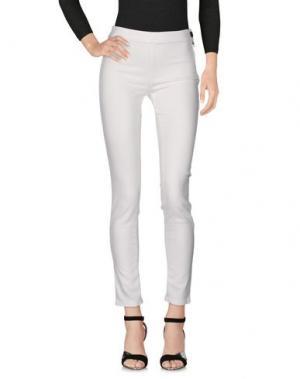 Джинсовые брюки ELISABETTA FRANCHI JEANS. Цвет: белый