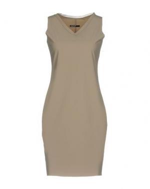 Короткое платье ALMERIA. Цвет: светло-коричневый