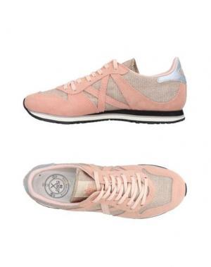 Низкие кеды и кроссовки MUNICH. Цвет: светло-розовый