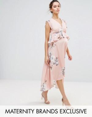 Hope and Ivy Maternity Платье миди асимметричной длины с принтом птиц &. Цвет: розовый