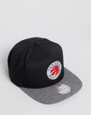 Mitchell & Ness Бейсболка Fuzz Toronto Raptors. Цвет: черный