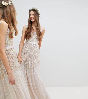 Amelia Rose Tall Платье макси с пайетками. Цвет: коричневый