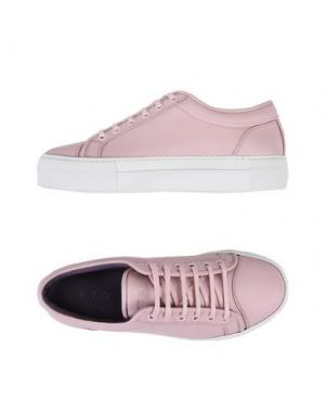 Низкие кеды и кроссовки ETQ AMSTERDAM. Цвет: розовый