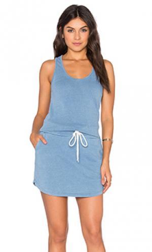 Платье tennis MONROW. Цвет: синий