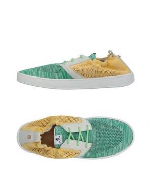 Низкие кеды и кроссовки VOLTA. Цвет: зеленый