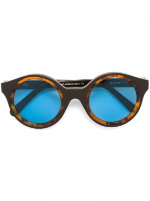 Солнцезащитные очки Isa Kyme. Цвет: коричневый