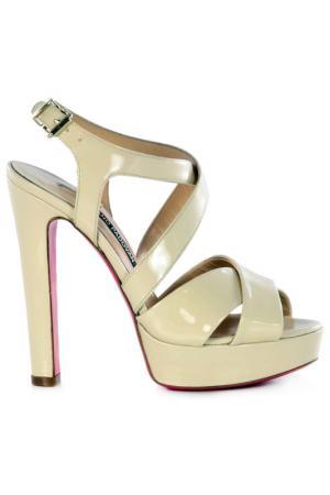Босоножки на каблуках Luciano Padovan. Цвет: cream