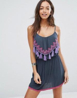 Surf Gypsy Пляжное платье с неоновой отделкой и кисточками. Цвет: мульти