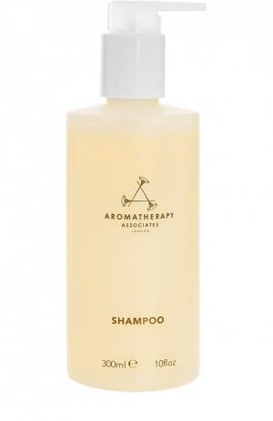 Шампунь для всех типов волос с эссенциальными маслами Aromatherapy Associates. Цвет: бесцветный