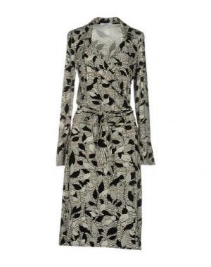 Платье до колена BIANCOGHIACCIO. Цвет: черный