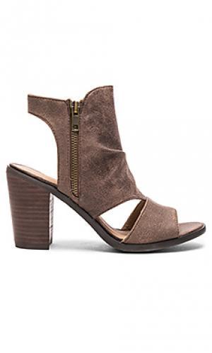 Обувь на каблуке angie Rebels. Цвет: уголь