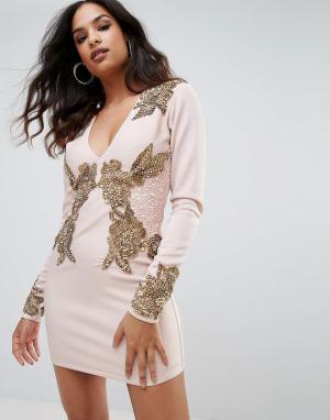 A Star Is Born Платье с длинным рукавом, V-образным вырезом и отделкой. Цвет: розовый