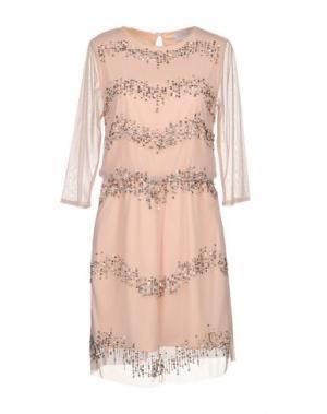 Короткое платье LA KORE. Цвет: розовый