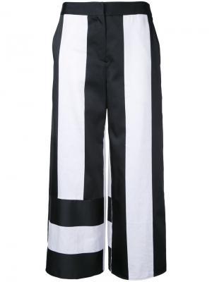 Двухцветные укороченные брюки Goen.J. Цвет: белый