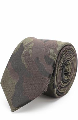 Шелковый галстук с камуфляжным принтом Valentino. Цвет: хаки