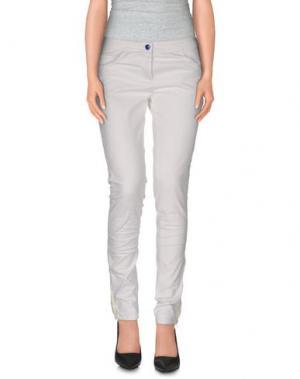 Повседневные брюки C'N'C' COSTUME NATIONAL. Цвет: белый