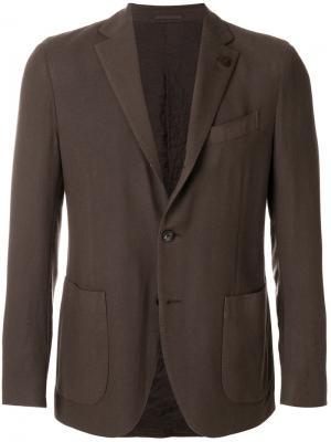 Блейзер с карманами Lardini. Цвет: коричневый
