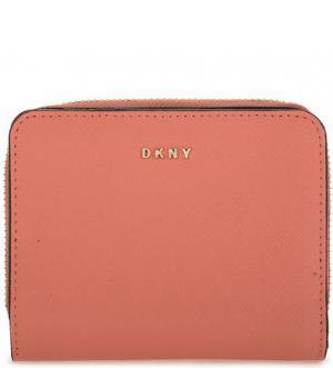 Коралловый кошелек из сафьяновой кожи DKNY. Цвет: коралловый
