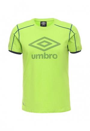 Футболка Umbro. Цвет: зеленый