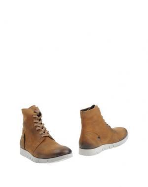 Полусапоги и высокие ботинки O.X.S.. Цвет: верблюжий