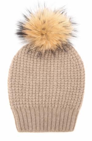 Кашемировая шапка фактурной вязки с меховым помпоном TSUM Collection. Цвет: коричневый