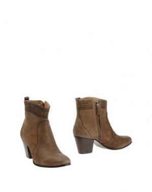 Полусапоги и высокие ботинки AERIN. Цвет: хаки