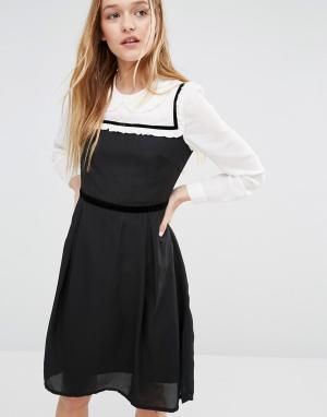 I Love Friday Платье с воротником Питер Пэн. Цвет: черный