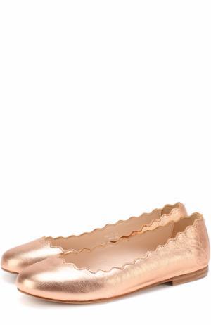 Балетки из металлизированной кожи Chloé. Цвет: золотой