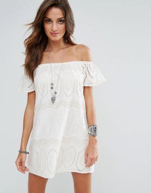 Surf Gypsy Пляжное платье с открытыми плечами. Цвет: кремовый