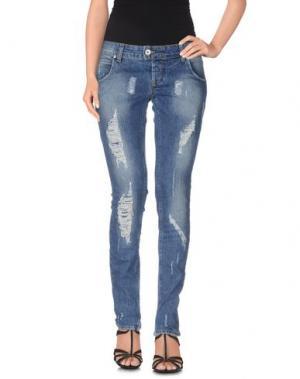 Джинсовые брюки-капри E-GÓ. Цвет: синий