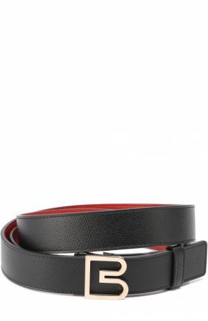 Кожаный ремень с фигурной металлической пряжкой Balenciaga. Цвет: черный