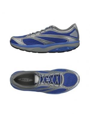 Низкие кеды и кроссовки MBT. Цвет: синий