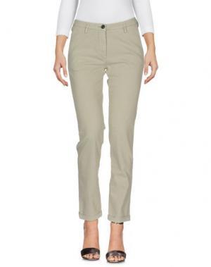 Джинсовые брюки FRED PERRY. Цвет: светло-серый