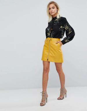 Fashion Union Мини-юбка из искусственной кожи с молнией. Цвет: желтый