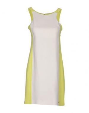 Короткое платье LUPATTELLI. Цвет: белый