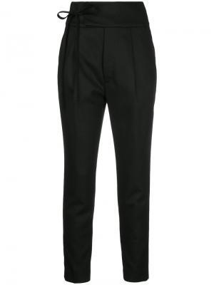 Укороченные брюки с поясом En Route. Цвет: чёрный