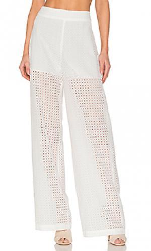 Ажурные брюки BLAQUE LABEL. Цвет: белый