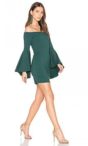 Платье со спущенными плечами Susana Monaco. Цвет: зеленый