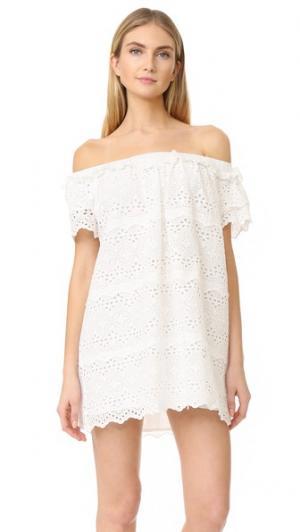 Платье из кружевного шитья с открытыми плечами ENGLISH FACTORY. Цвет: оттенок белого