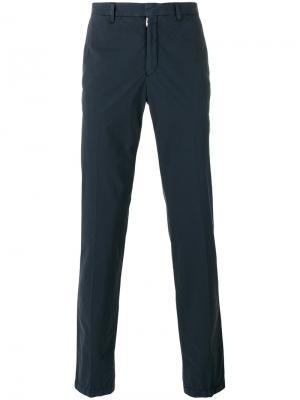 Классические брюки-чинос The Gigi. Цвет: синий