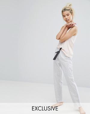 Lazy Days Пижамные штаны с принтом в звездочку. Цвет: кремовый