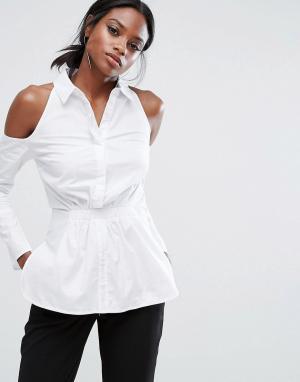 Lavish Alice Хлопковая рубашка с вырезами на плечах. Цвет: белый