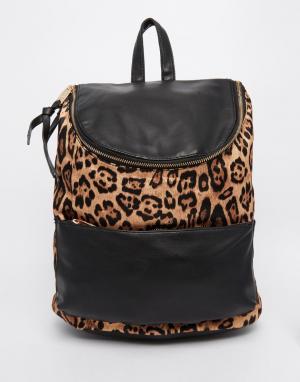 Urban Originals Рюкзак с леопардовым принтом. Цвет: черный