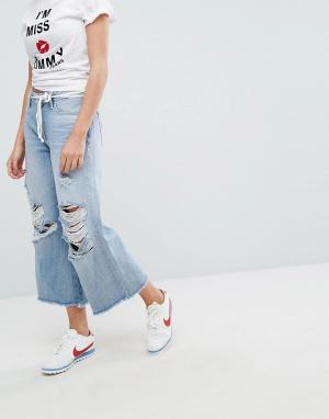 Tommy Jeans Кюлоты с классической талией, необработанным краем и рваной отделкой T. Цвет: синий