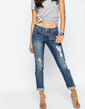 ASOS Рваные выбеленные джинсы бойфренда KIMMI Shrunken. Цвет: синий