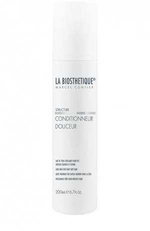 Кондиционер для мгновенного придания шелковистости волосам La Biosthetique. Цвет: бесцветный