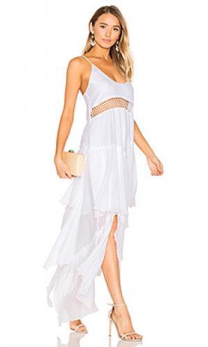 Макси платье с рюшами Suboo. Цвет: белый