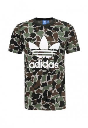 Футболка adidas Originals. Цвет: хаки