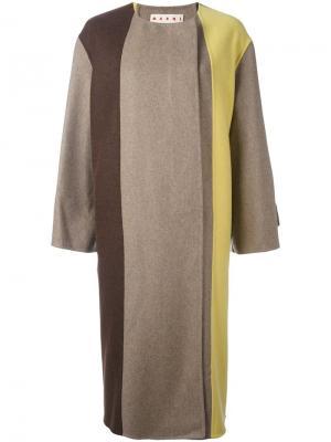 Пальто дизайна колор-блок Marni. Цвет: телесный
